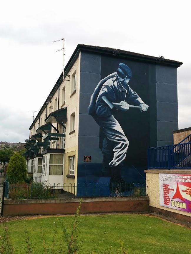 Murals in Catholic Bogside neighbourhood