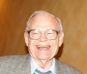 Peace and anti-nuclear activist Murray Thomson has died at age 96.