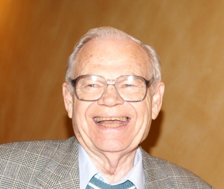 Murray Thomson wants nuclear weapons abolished, Koozma Tarasoff photo, peace a