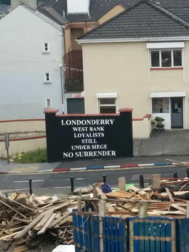 Defiant Protestants in Derry