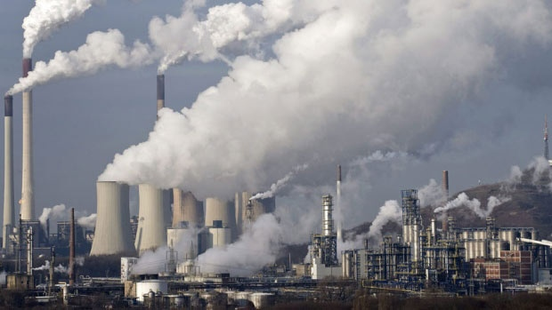Professional climate change deniers sow doubt and muddy the waters